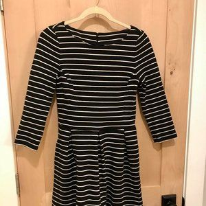 Banana Republic B&W Striped Dress - Size 4